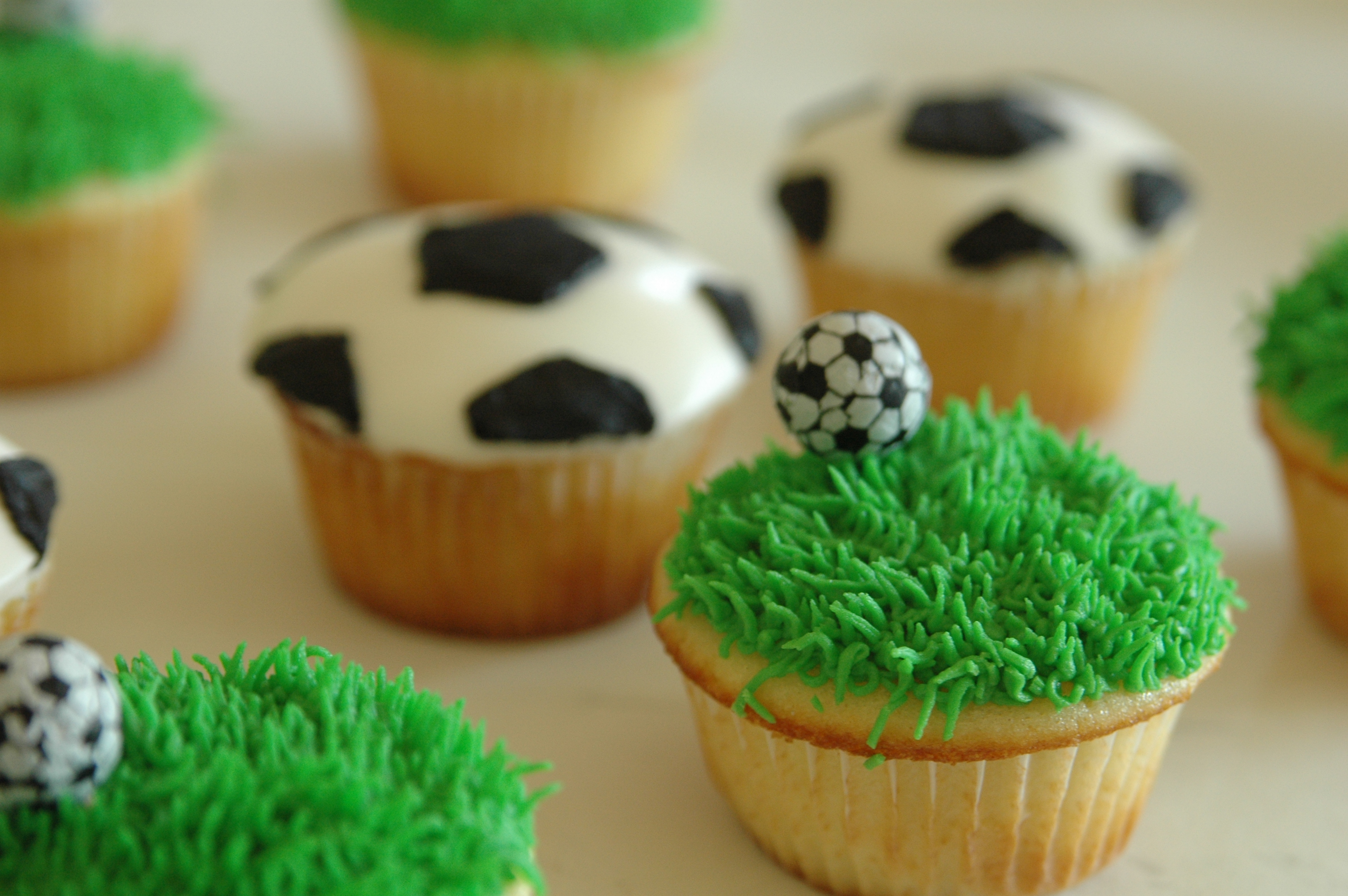 Golf Cupcake Decorating Ideas